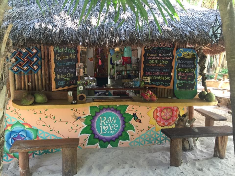 raw love cafe, beach bar
